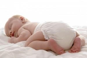 Babys søvn – gode råd til mere nattero