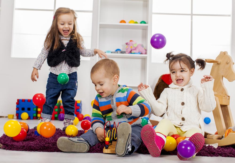 Vælg det rigtige legetøj til børnene